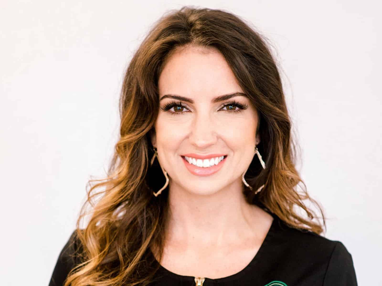 Katie Belle Glendye: Founder of The Skin Society