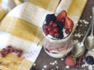 Layered Berry Breakfast Pots Recipe